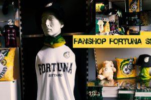 Fanshop woensdag 17 okt open: 16.00-18.00