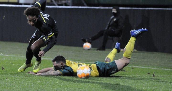 Fortuna Sittard krijgt voetballes van AZ: 0-3