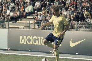 Zweeds international Emil Hansson (21)  tekent voor 4 jaar